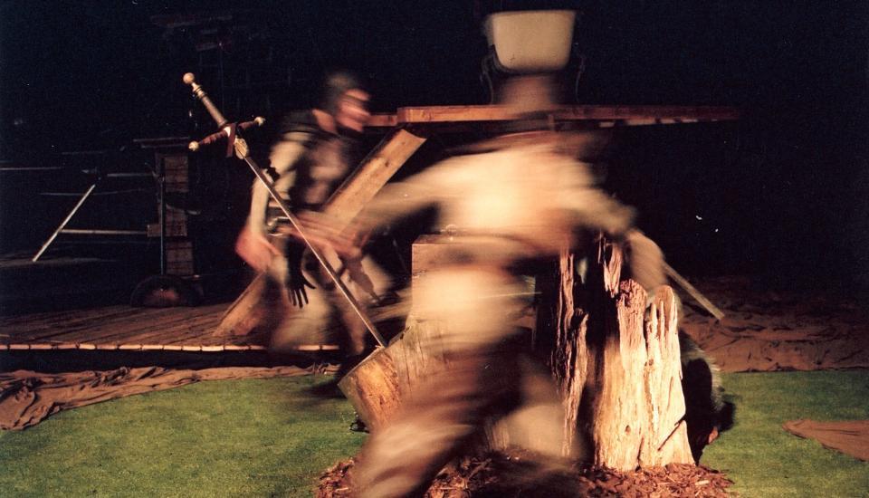 De Tondeldoos door Toneelgroep Dapper 2002